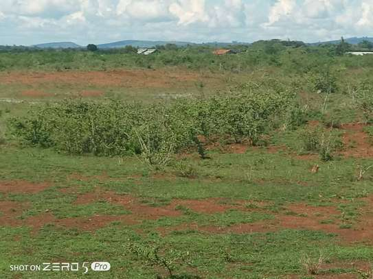 JUJA FARM  PRIME PLOTS FOR SALE WITH READY TITLE DEED NEXT TO GREATER EASTERN BYPASS