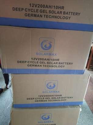 The 200 AH Solarmax deep cycle gel battery image 1
