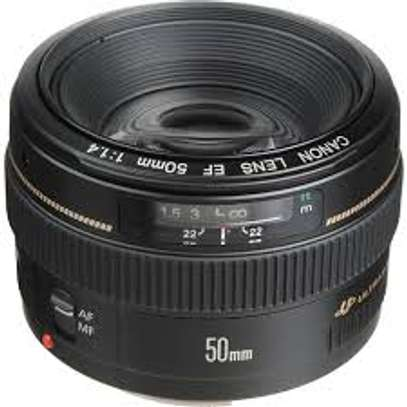 Canon lens 50mm f 1.4 image 1