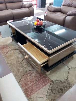 Spacious coffee table image 1