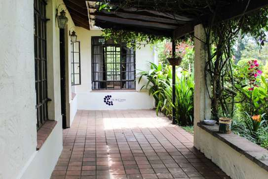 Furnished 2 bedroom house for rent in Old Muthaiga image 16