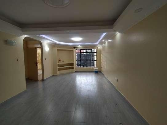 newly refurbished 4  bedroom maisonette plus sq image 6
