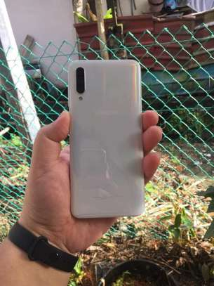 Samsung A30s image 2