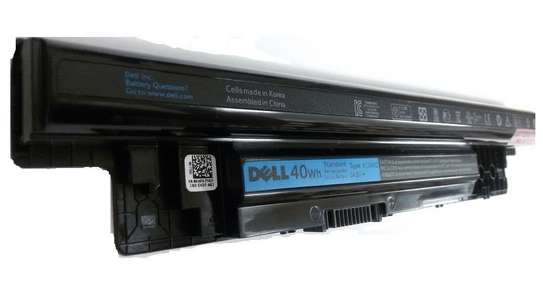 Dell Laptop Battery image 4