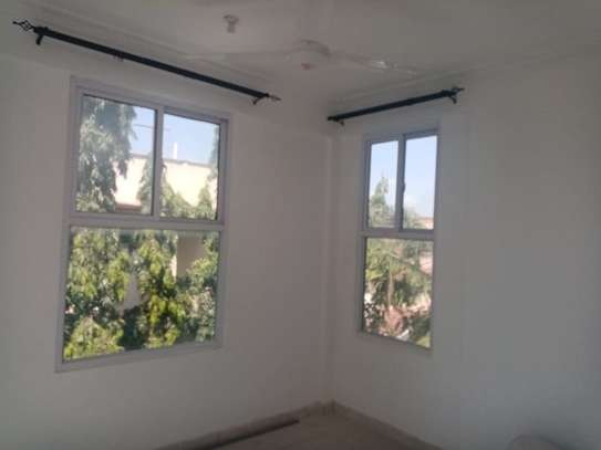 1br Sunset Court newly built apartment for rent in Nyali. AR51 image 2