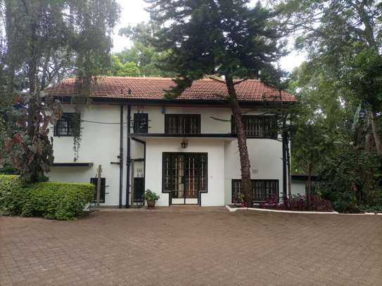 4 bedroom house for rent in Lavington image 11