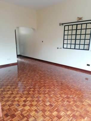 6 bedroom townhouse for rent in Lavington image 5
