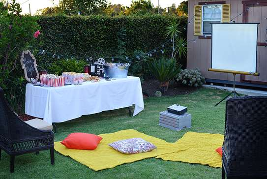 Hire Projector & screen  for backyard movie  party