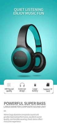 Bluetooth headphones image 1