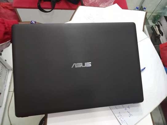 Asus X450LD.208 intel core i3 -4010u 6gb ram 500gb hdd image 2