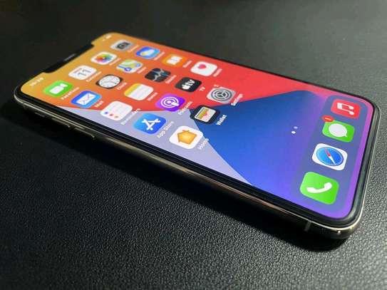 Apple Iphone 11 Pro Max Silver [ 512 Gigabytes ] image 5