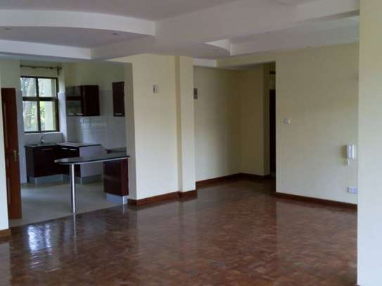 Lavington - Flat & Apartment image 4