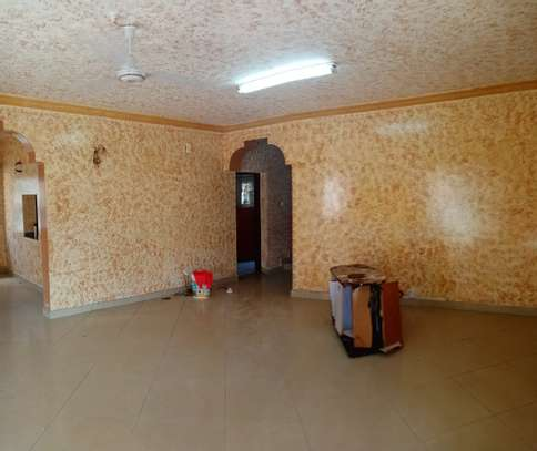 4br maisonnette all-ensuite for rent in Nyali image 3