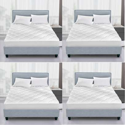 water proof white plain mattress protector 3 by 6 image 1