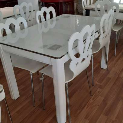 4-seater dining table image 1