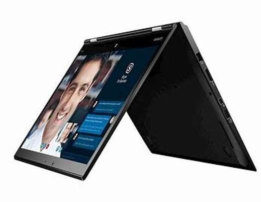 ThinkPad X1 Yoga Gen 6 | 2 in 1 Business Laptop image 3
