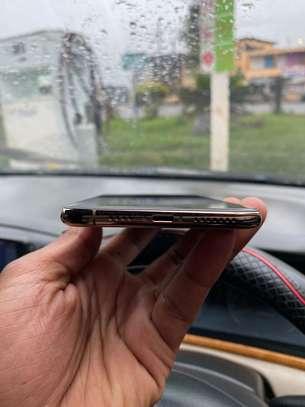 Clean iPhone Xs Max 256gb Dual Sim image 2
