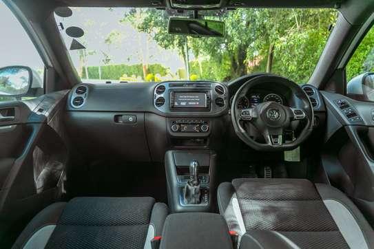 Volkswagen Tiguan image 9