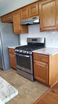 Modern inbuilt kitchen cabinets image 1
