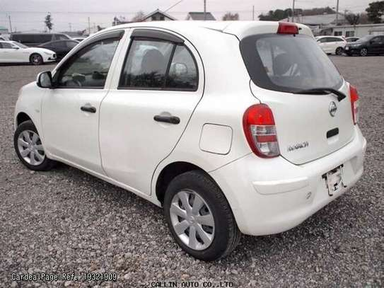 Nissan March image 7