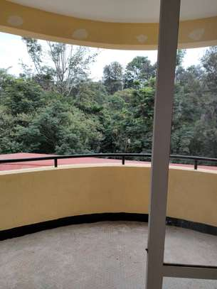 4 bedroom apartment for rent in Riverside image 13