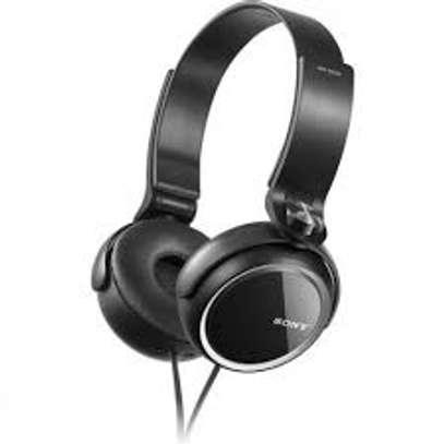 sony super bass headphones image 1