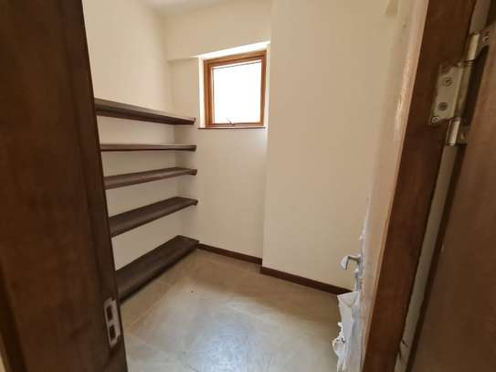 4 bedroom apartment for rent in Karura image 7