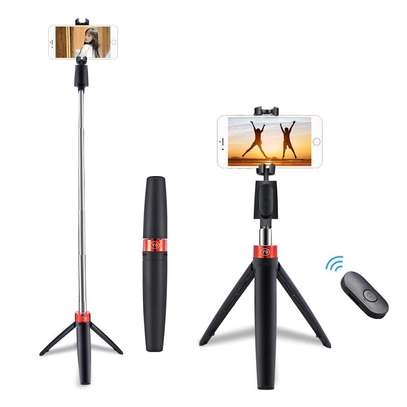 Y9 tripod selfie stick image 1