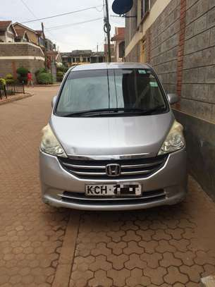 Toyota Noah/Voxy For Hire