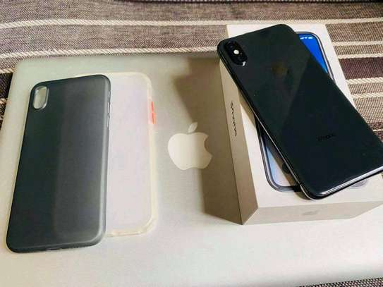 Apple Iphone x Black 256 Gigabytes With Charger Case for long picnics image 1
