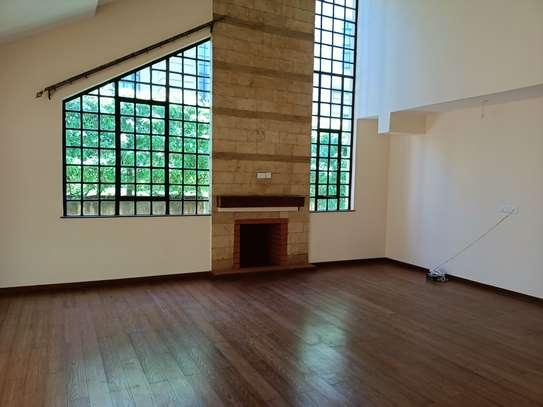 4 bedroom house for rent in Kitisuru image 10