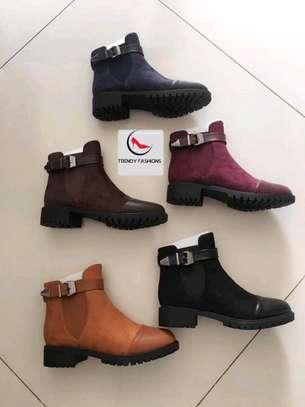 Tredy ladies boots image 1