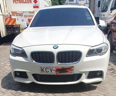 BMW 520i 520i Touring Automatic image 1
