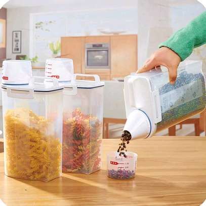 Cereal Storage with measuring lid image 1