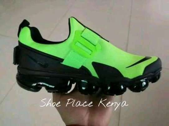 sports shoes/men image 2