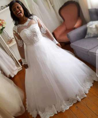 wedding gown image 2