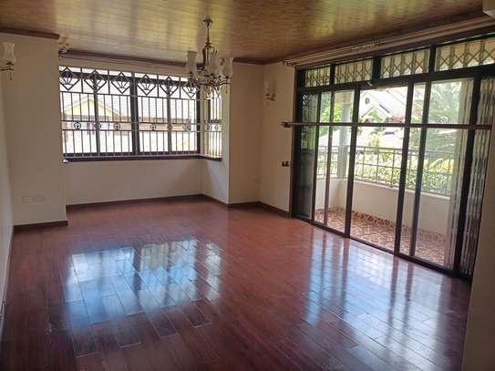 5 bedroom house for rent in Kitisuru image 8