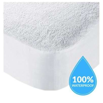 Mattress Protector for 3*6 4*6 5*6 and 6*6 Bed Sizes image 3