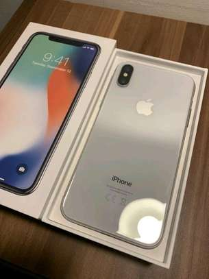 Apple Iphone X 256 Gigabytes And Olliclips Professionally Photography Lens image 1