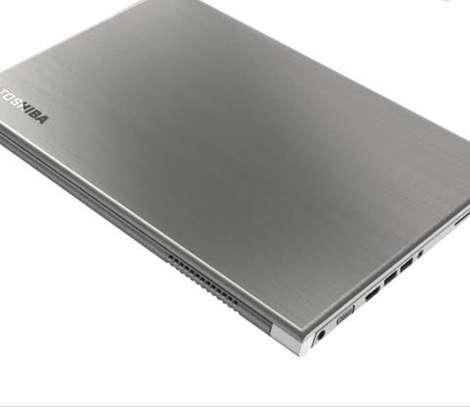 Laptop toshiba i5 image 3