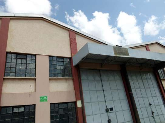 5000 ft² commercial property for rent in Industrial Area image 5