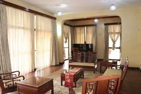 5 bedroom house for rent in Runda image 5