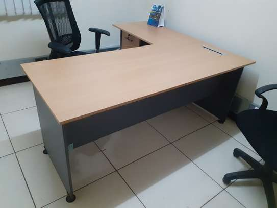 L-Shaped Executive Desk 1.6Meter Ksh. 23,500.00 With Free Delivery image 1