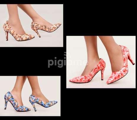 Ladies shoes (ladies Hills) image 4