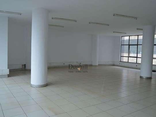 1225 ft² office for rent in Parklands image 4
