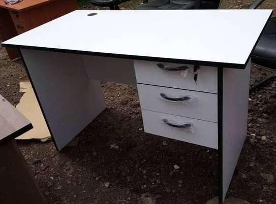 Office desks image 5