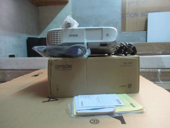 EPSON EB-X39 Projector for Sale