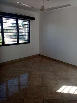 4br house for rent in Nyali Mombasa. HR33 image 10