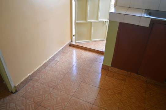 VERY SPACIOUS TWO BEDROOM TO LET image 10