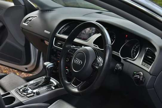 Audi A5 2013 image 9